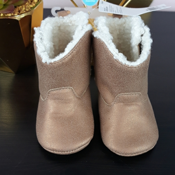 Nwt Carters Baby Girl Brown Soft Boots